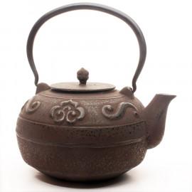 "Cast Iron Teapot ""Roma"""