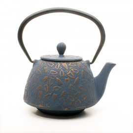 "Cast Iron Teapot ""Neve"""