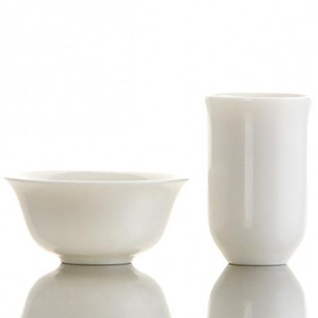 Tazzina e cilindro bianchi